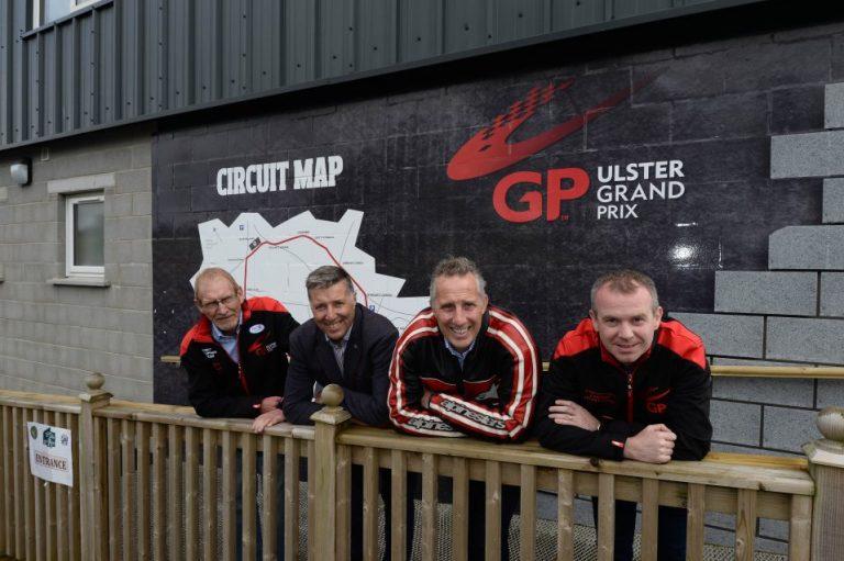 3.-MCE-UGP_-Paisley-and-Girvan-visit-958x638